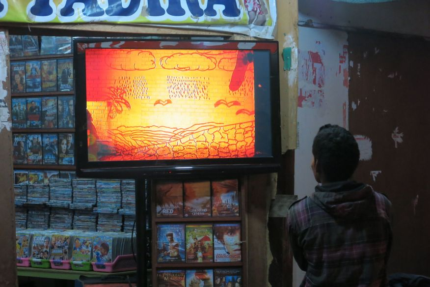 Nuestro video en un kiosko.