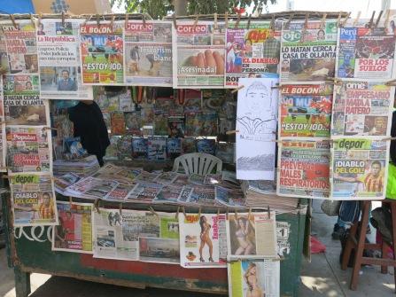 Fanzines en los kioskos de Pisco.